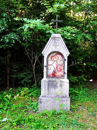 Kříž u Volského lesa na památku sedláka Josefa Wenzla z Jám čp. 1, který tu zahynul v roce 1890