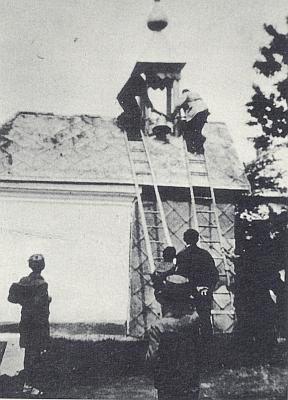 Svěcení zvonu v Račíně v dubnu 1937