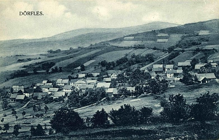 Stará pohlednice Vesců
