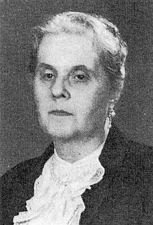 Jeho žena Ida, narozená 10. března 1894 ve Vídni azesnulá 4. ledna roku 1974 v Salcburku, nejstarší sestra knížete Adolpha zu Schwarzenberg, byla spolu se svým synem Hippolytem a dcerou Josefinou zakladatelkou protinacistické odbojové skupiny Helfenberg, která prostřednictvím Reverterova švagra Karla Ludwiga zu Guttenberg udržovala spojení se spikleneckou skupinou kolem hraběte Stauffenberga, strůjce atentátu na Adolfa Hitlera...