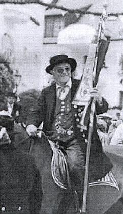 Po padesáté jel takto na koni osvatodušní jízdě v bavorském Kötztingu