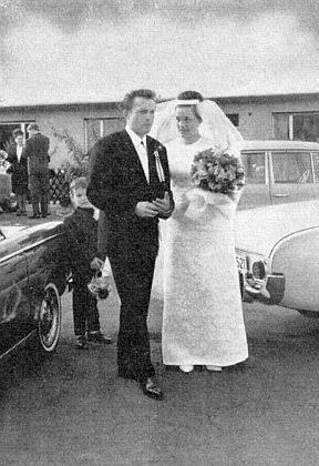 Snímek z jeho svatby s Ingeborg, roz. Spenglerovou, v Bad Vilbel 2. října roku 1965