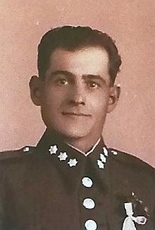 Josef Chýle (1910-1993), který jako prozatímní komisař bránil německé obyvatele Cetvin před útoky tzv. rudých gard