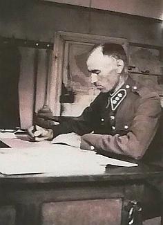 Josef Smrčina (1897-1953), velitelcetvinskéhocelního úřadu