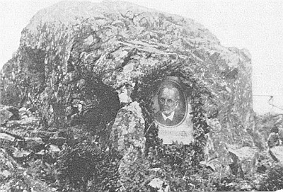 """Skalka zvaná """"Rosegger-Felsen"""" na Pestřickém vrchu..."""