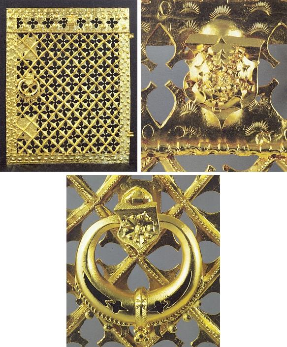 Kovaná a zlacená dvířka sanktuáře kostela Nanebevzetí Panny Marie v Kájově z doby po roce 1480 - celek adetaily horní obruby a úchytky s rožmberským erbem