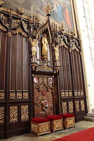 Rožmberský náhrobek ve vyšebrodském klášteře