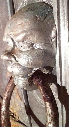 Detail z rakve posledního Rožmberka