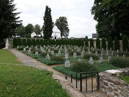 Hřbitov obětí pochodu smrti ve Volarech (viz i Wilibald Plach)