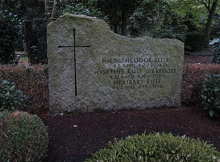 Hrob na hřbitově Melaten v Kolíně nad Rýnem