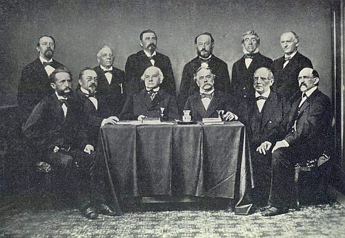 Mezi členy jednoho z prvních výborů Českobudějovické městské spořitelny (Städtische Sparcassa) sedí druhý zleva, vedle něho úplně vlevo Anton Franz Taschek, vpravo v téže řadě pak sedí Cajetan Kail (1806-1884), předseda výboru pro stavbu Německého domu - ve výboru, vzniklém roku 1869, Rziha rovněž působil