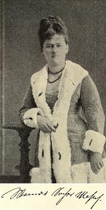 Jeho žena Wanda na snímku firmy Beer&Mayer ve Štýrském Hradci z roku 1879