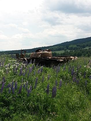 Dnešní Jablonec je tankovou střelnicí a je veřejnosti nepřístupný (snímky z června 2021, viz i Rosa Horaková)