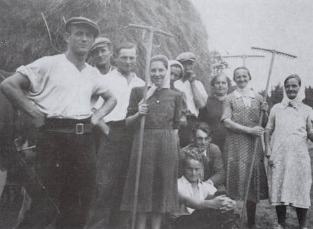 Senoseč u Fronznbauerů ve Ferchenhaidu roku 1938