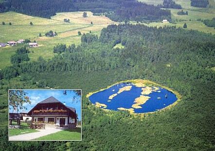 Informační středisko Národního parku Šumava Svinná Lada s Chalupskou slatí (pohlednice)