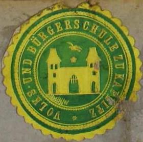 Nálepka vedení obecné a měšťanské školy v Kaplici