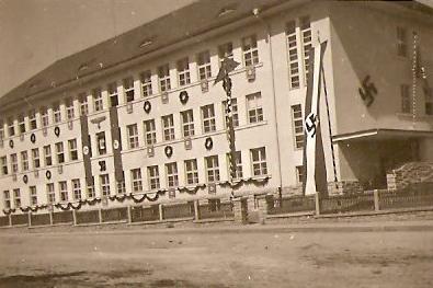 Kaplická škola na dnešní Omlenické ulici za druhé světové války