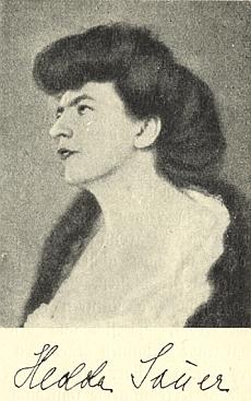 Jeho žena Hedda (Hedwig) Sauerová, roz. Rzachová (1875-1953), byla po matce, roz. Polákové, příbuzná sBedřichem Smetanou - na pražských Malvazinkách je pochována pod českou podobou svého jméne, tj. Hedvika Sauerová