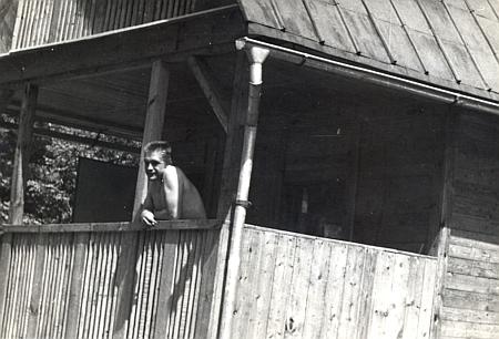 Rudolf Schack na chatě někdy kolem roku 1975