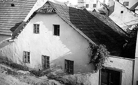 Hostinec Schafranekových v Nových Hradech ještě se šindelovou střechou