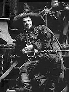 """Téhož roku 1991 tu nehrál v """"Théâtre Français de Vienne"""" Cyrana de Bergerac nikdo jiný než sám Jean-Paul Belmondo"""