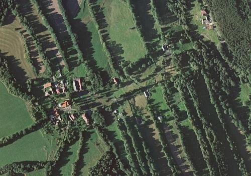 Frantoly na leteckých snímcích z let 1952 a 2008