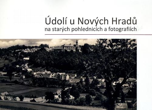 Obálka (2017) publikace, vydané Městem Nové Hrady nákladem 300 výtisků a citující i ze stránek Kohoutího kříže