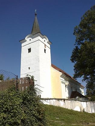Kostel sv. Mikuláše v Soběnově, původně gotický, na jednom ze zvonů je letopočet 1313