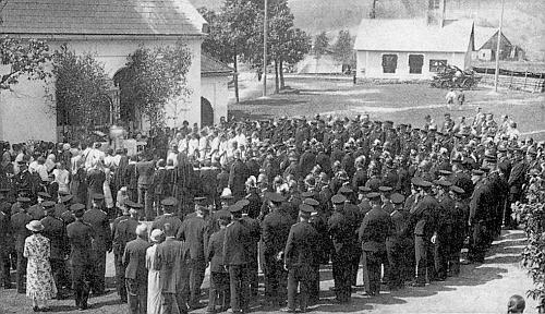 Boží Tělo, slavené v Hrabicích koncem května roku 1937