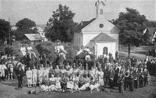 Dožínková slavnost v Hrabicích roku 1936