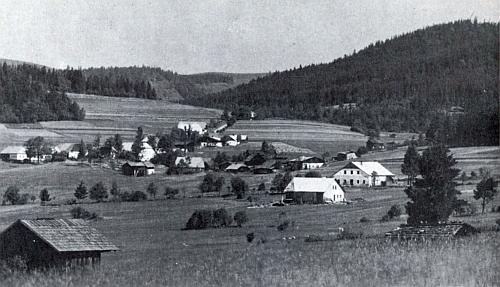 Celkový pohled na jeho rodnou Stögerovu Huť