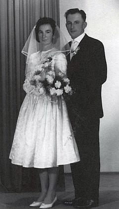 Svatební fotografie z května roku 1962