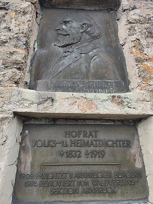 Waldschmidtův pomník na hoře Riedelstein (1135 m n.m.) u Arnbrucku