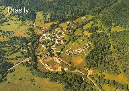 ... a letecký pohled na Prášily dnes
