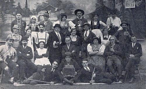Ochotníci v Darmyšli 1935