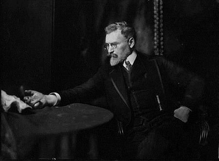 Na snímku Theodora Hilsdorfa (kolem roku 1910)