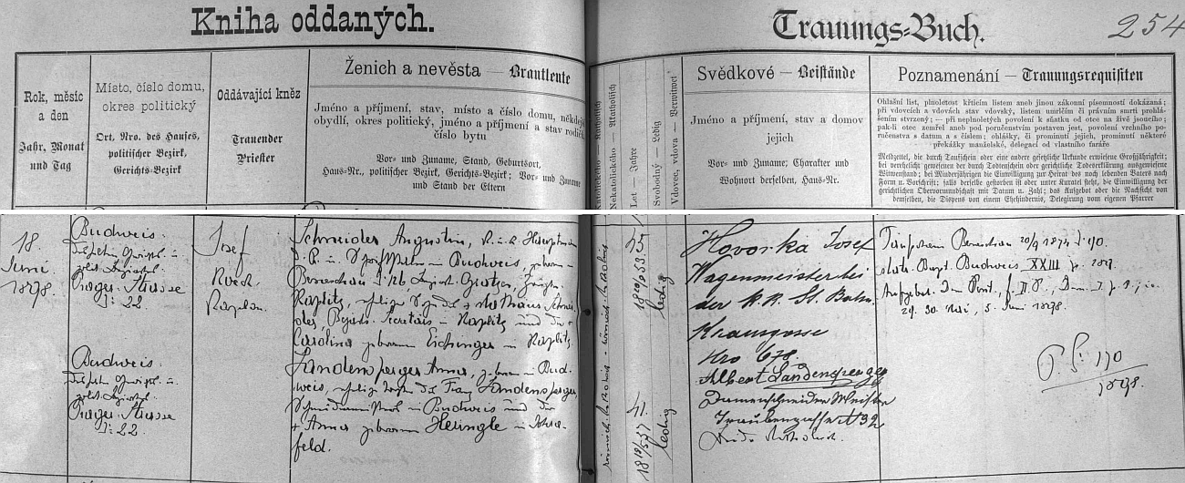 """V červnu 1898 se podle českobudějovické """"knihy oddaných"""" Augustin Schneider, jak je tu psán křestním jménem, oženil s Annou, roz. Landenspergerovou, jejich syn Josef se jim však narodil už roku 1881"""