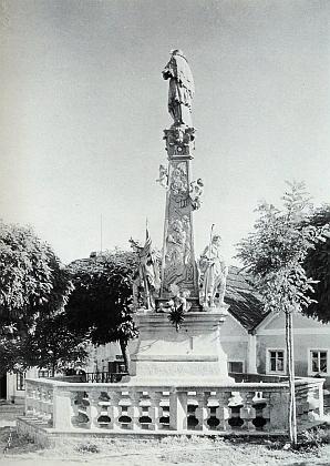 Svatojánský sloup v jeho rodném Německém Benešově