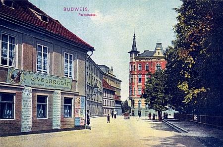 """Jeho """"rodná"""" adresa Gyrowetz Gasse 1 může být jen tato Volbrechtova pivnice, zde na kolorované pohlednici z roku 1909"""