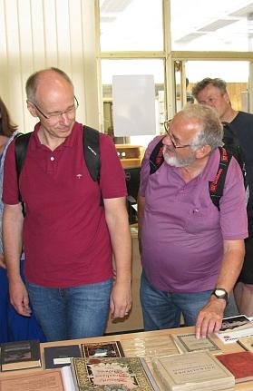 V srpnu 2020 v při návštěvě Jihočeské vědecké knihovny s Gernotem Peterem