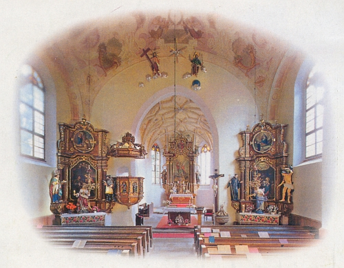 Vnitřek kostela sv. Michaela archanděla v Horním Dvořišti