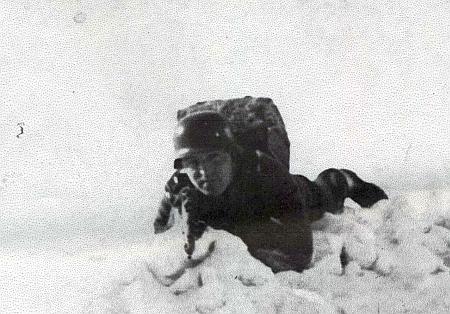 Na snímku ze Sibiře za druhé světové války ve výstroji wehrmachtu