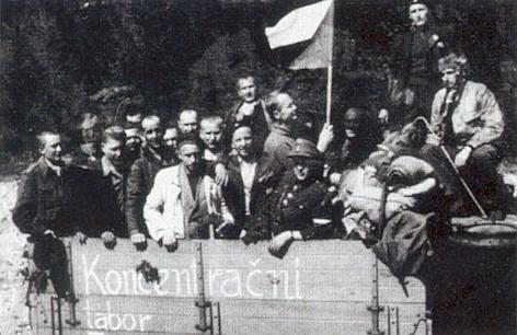 Osvobození českoslovenští vězni z Flossenbürgu v roce 1945