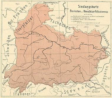 Dvě mapy v šumavském kalendáři, znázorňující rozsah Bavor v roce 976 a bavorské osídlení vzhledem k Čechám, kreslil sám