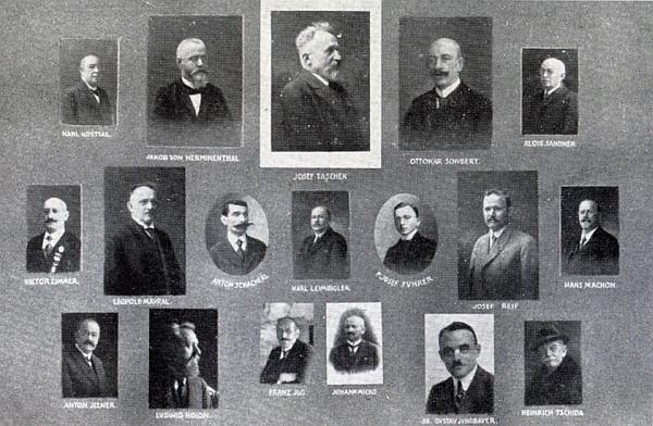 Na výročním tablu Deutscher Böhmerwaldbund je přímo uprostřed, spolu s ním je na něm řada     dalších osobností, zastoupených na stránkách Kohoutího kříže (viz i Ottokar Schubert)