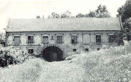 """Snímek statku """"Boverl-Hof"""" (Schumertl) z roku 1969 provázel v krajanském měsíčníku text o Rohanově, kde právě na tomto stavení hospodařil"""