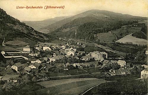 Tuto pohlednici Rejštejna nejenom vydal (a fotografoval), ale i poslal adresátce