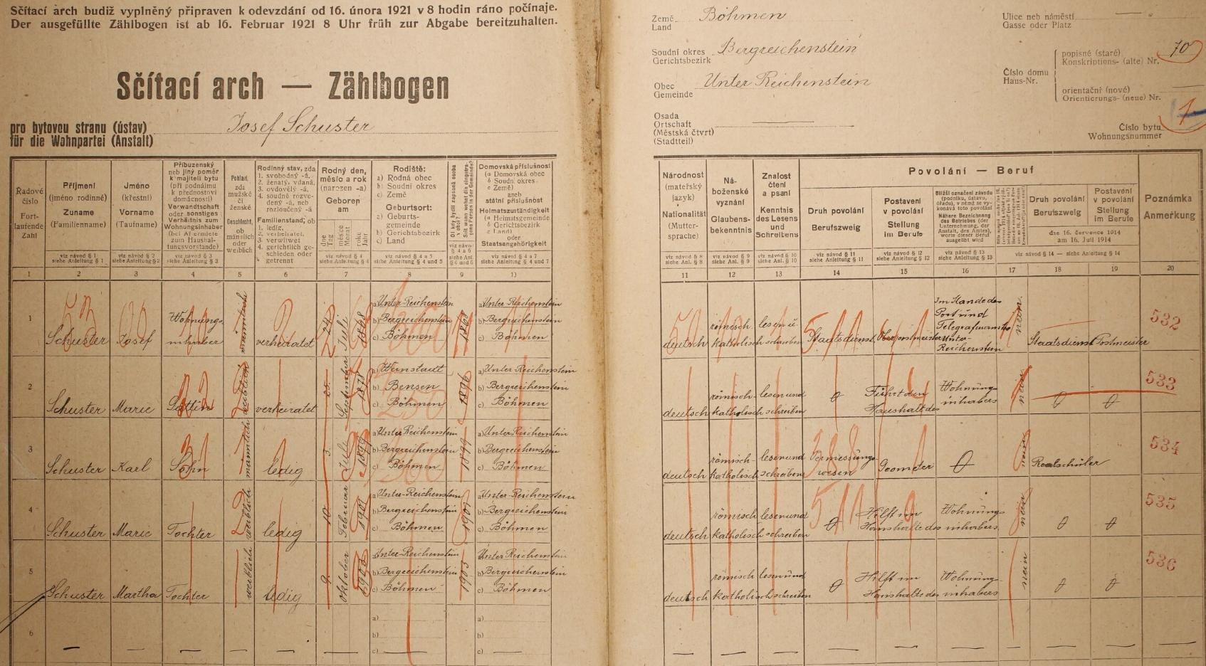 """Arch sčítání lidu z roku 1921 pro dům č. 70 v Rejštejně, kde poštmistr Josef Schuster uvádí v rubrice povolání výraz """"Staatsdienst"""""""