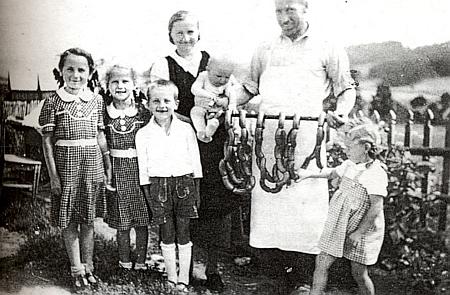 Její tatínek Andreas Kroiher s rodinou