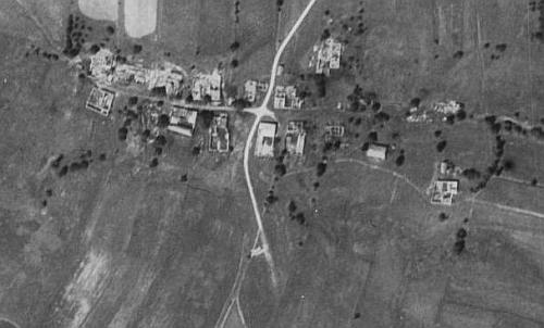 Zaniklý Multerberg na leteckých snímcích z roku 1952 a 2008